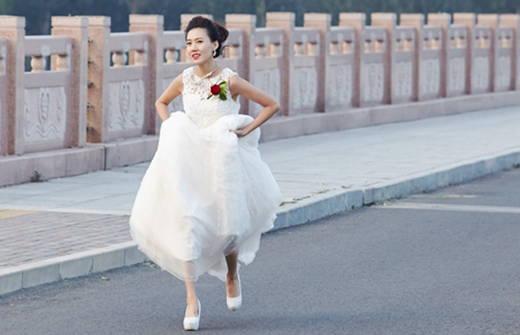 能不能保證大陸新娘嫁到台灣後不跑掉?否則保證賠償?